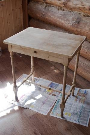 Фото круглого деревянного стола своими руками
