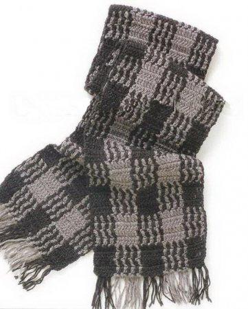 Вязаный крючком мужской шарф