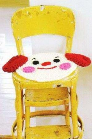 Вязаные коврики на стулья