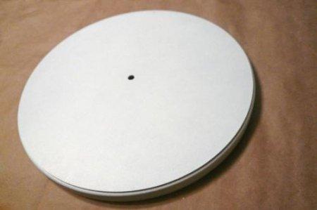 Заготовку покрываем белым акриловым грунтом