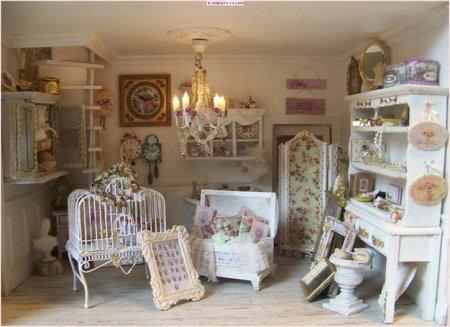Декор мебели в комнате