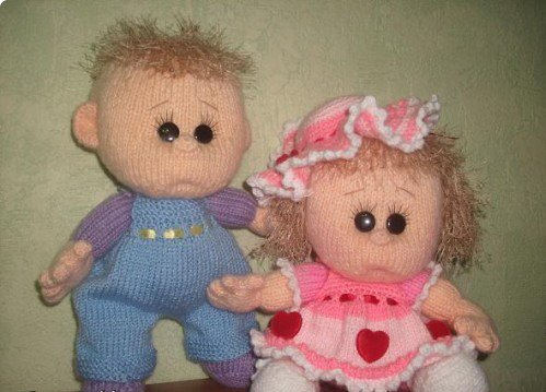 Как связать  спицами для начинающих на куклу