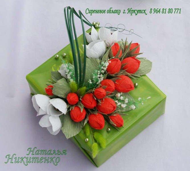 Наиболее подходящим материалом для изготовления декоративных букетов из цветов подходят конфеты.