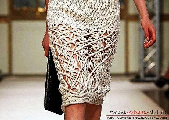 Расширение вязанной юбки