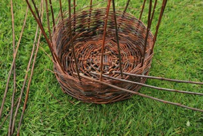 Видео плетение из ивы для начинающих пошагово видео
