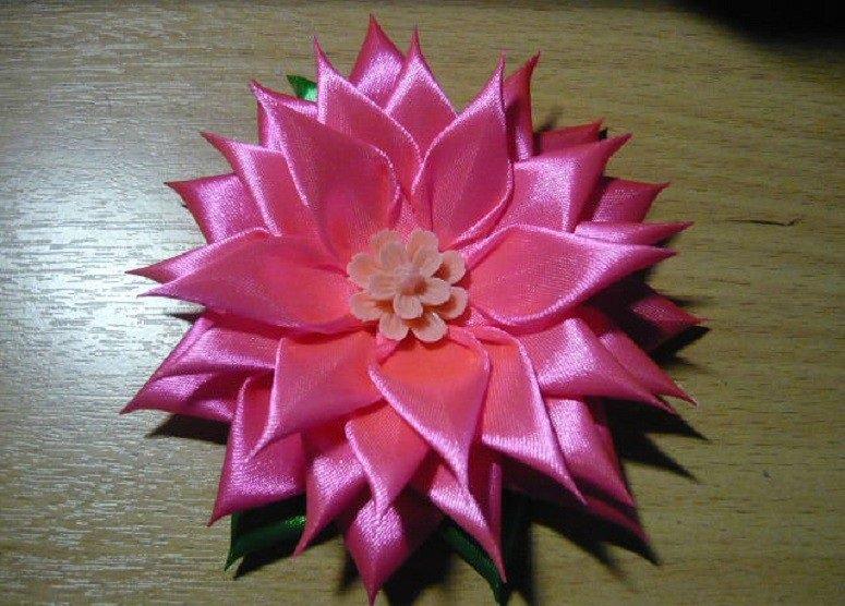 Цветы из лент своими рукам страна мастеров 9