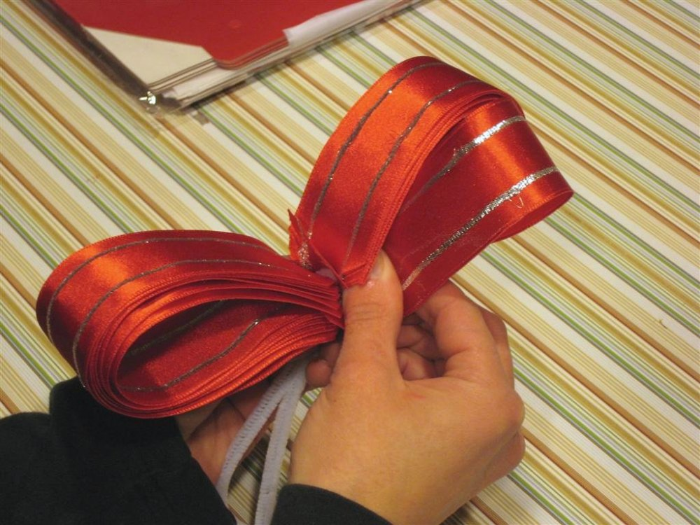 Как сделать бантик из ткани своими руками