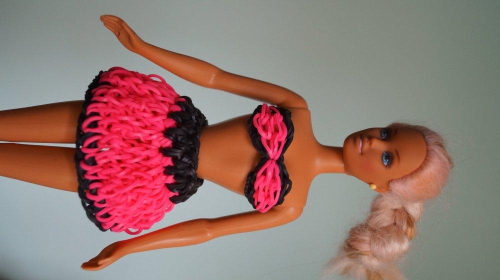 Как сделать для куклы юбку из резинок для