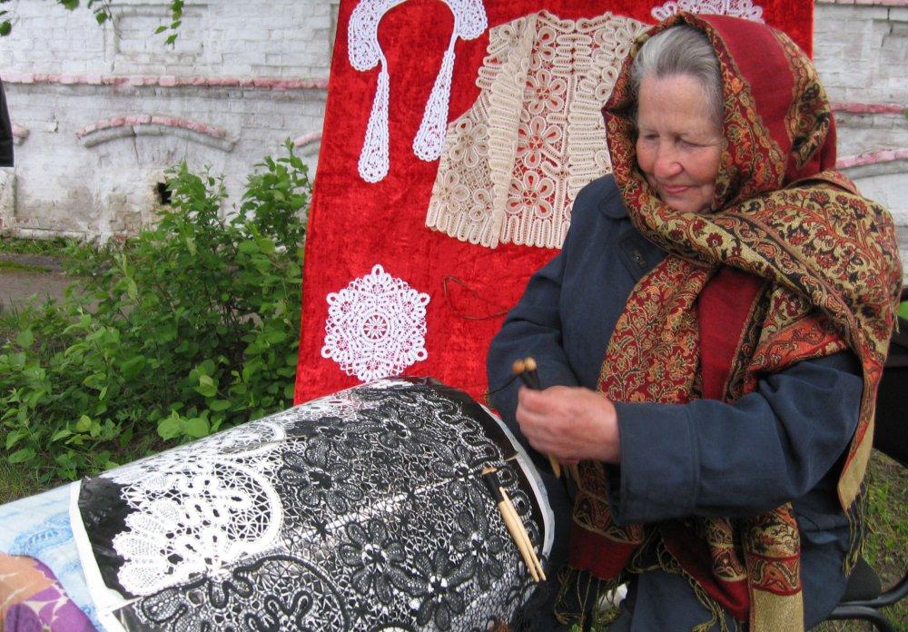Плетение на коклюшках для начинающих
