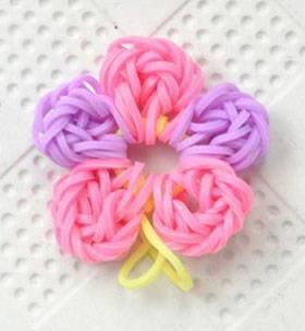 Как сплести из резинок цветок: варианты плетения на станке и без станка