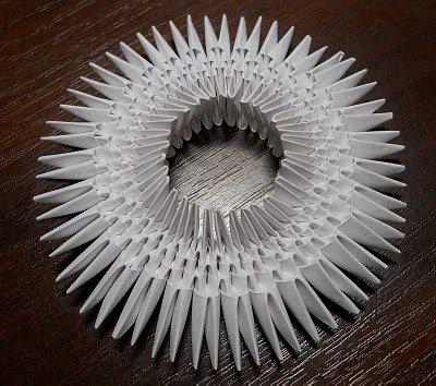 Бумажный лебедь из модулей