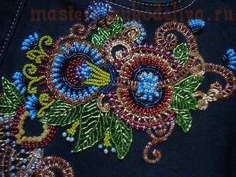Вышивка бисером на платье узоры