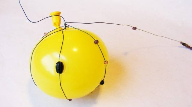 Новогодние игрушки из бисера: фото и схемы для новичков