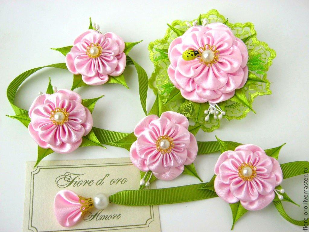 Цветок из капроновой ленты