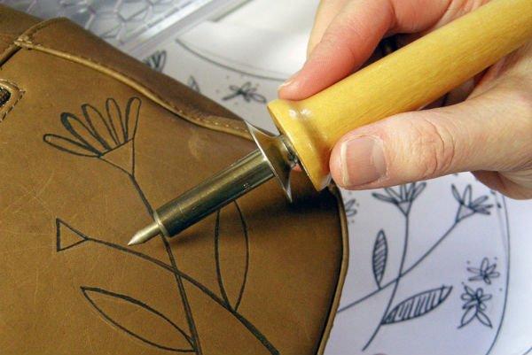 Клей для аппликации на тканях