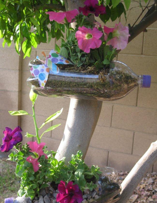 Подвесные кашпо для цветов фото из пластиковых бутылок