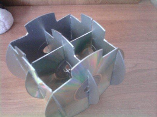 Как сделать органайзер из дисков своими руками 20