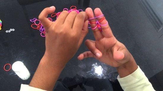Игрушки из резинок для начинающих: видео уроки с фото