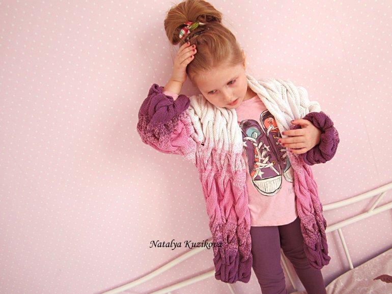 Полувер для девочки спицами схема