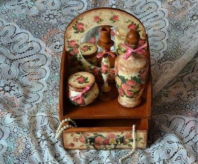 1375206404_3-dekupaj-v-stile-vintaj Декупаж мебели фото до и после.Техника декупажа мастер класс. Декупаж мебели для начинающих, пошагово, салфетками, тканью, обоями, красками, в стиле прованс. Все для декупажа с Алиэкспресс