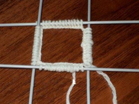 1378477492_002-master-klass-po-viazaniyu-noskov-na-piati-spicah Как связать носки спицами детям и взрослым? Узоры для носков спицами: схемы