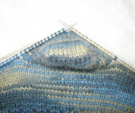 1378477522_03-viazem-noski-spicami Как связать носки спицами детям и взрослым? Узоры для носков спицами: схемы
