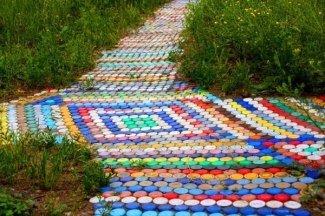Дорожки из пластиковых бутылок своими руками
