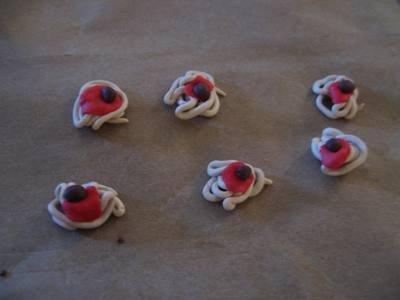 1466512243_lepim_edu_iz_plastilina_15 Как сделать еду для кукол из пластилина: еда для монстер хай и для барби