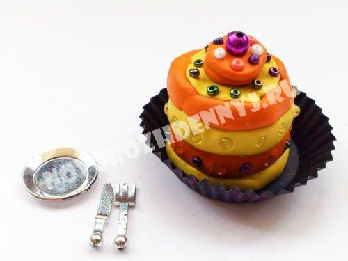1466512271_eda-plastilin904 Как сделать еду для кукол из пластилина: еда для монстер хай и для барби