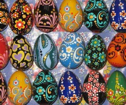 1470489060_2254 Как украсить яйца к Пасхе: 27 оригинальных идей декора и росписи