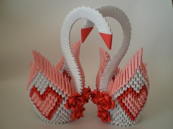 1472491615_yzuuyadigxo Оригами из треугольных модулей: заяц, голубь и лебедь для начинающих