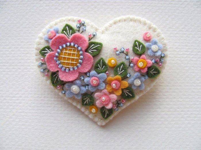 1472666422_serdce-21 Аппликации из фетра с выкройками: цветы-выкройки и шаблоны своими руками