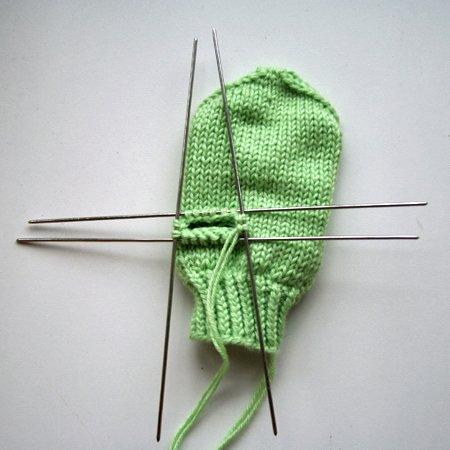 Вязание варежек узором сова