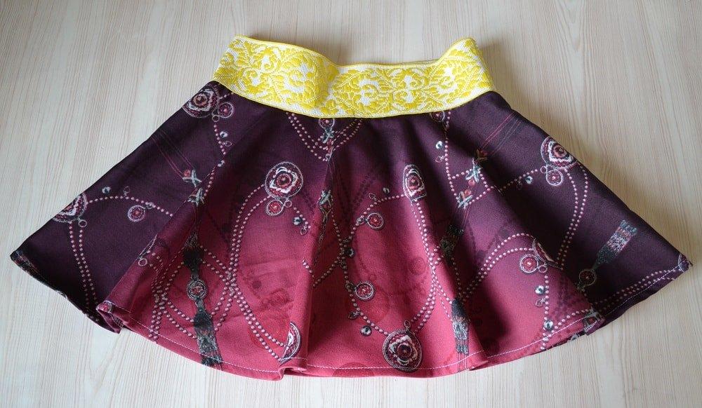 1488131911_jubka-dlja-devochki-26 Как сшить юбку солнце своими руками. Выкройка юбки солнце клеш