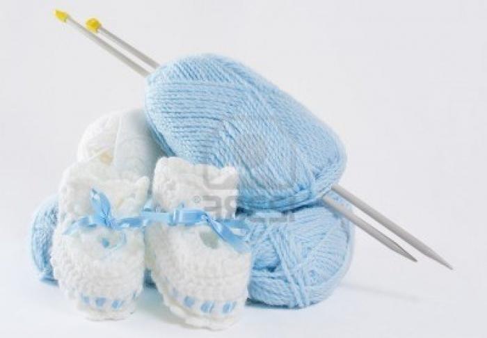 пинетки спицами для новорожденных с описанием мастер класс и для