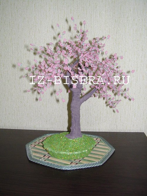 1491850305_derevo-sakura-iz-bisera01 Мастер-класс по Сакуре из бисера своими руками: как сплести дерево со схемой, фото и видео