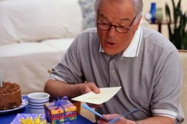 Как сделать своими руками открытки на день пожилых